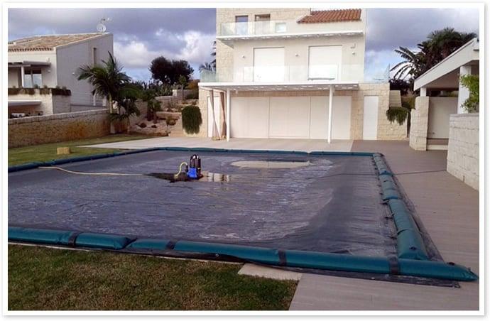 Piscineitalia coperture invernali per piscina for Teli per piscine interrate