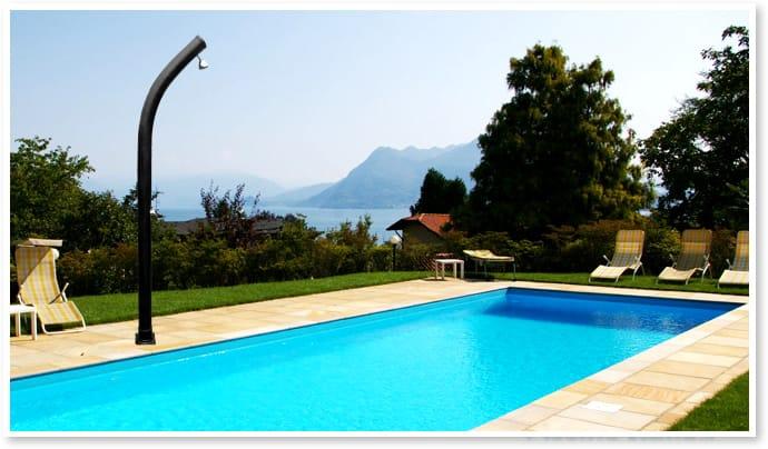 Piscineitalia doccia solare per piscine sun curvata - Doccia solare per piscina ...