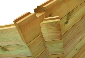 Kit piscina in legno: la struttura in legno di pino
