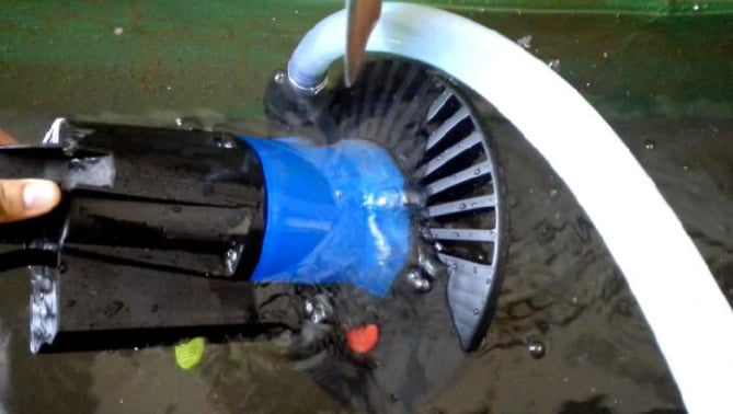 Pompa sommersa coperture invernali piscina avviamento
