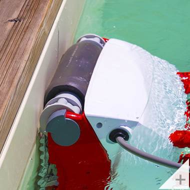 Robot pulitore piscina Falcon K200 pulizia linea acqua piscina