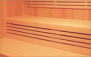 saune_finlandesi_panche_legno.jpg