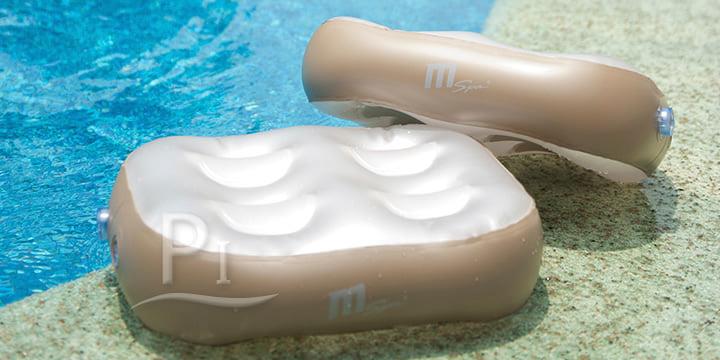 Piscineitalia cuscini gonfiabili per vasca idromassaggio for Cuscini galleggianti piscina