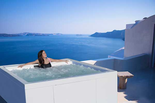 Vasca idromassaggio spa relax benessere