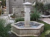 Getti d 39 acqua per piscina piscine italia - Fontana per piscina ...